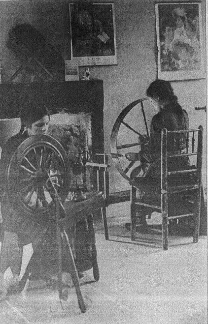 Spinning the raw cotton